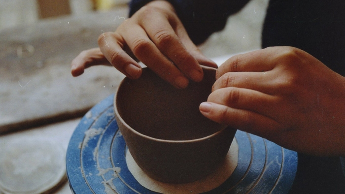 A maker in Cornwall does pottery